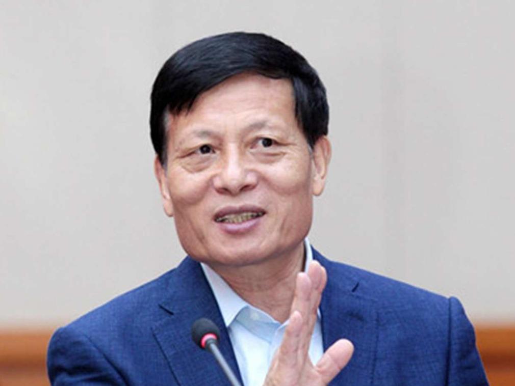 原国家统计局局长谢伏瞻,后出任河南省长、省委书记,现为中国社会科学院院长